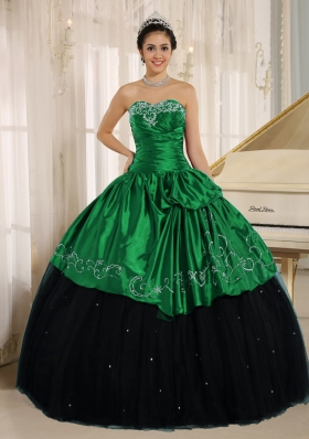 Custom Made Black and Green Quinceanera Dress with Beading and Embroidery
