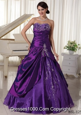 Eggplant Purple A-line Sweetheart Quinceanera Dresses with Appliques Beading
