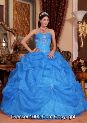 2014 Blue Puffy Sweetheart Beading Quinceanera Dress with Appliques and Pick-ups
