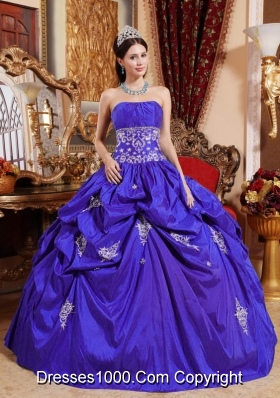 2014 Royal Blue Puffy Strapless Appliques Quinceanera Dress with Pick-ups