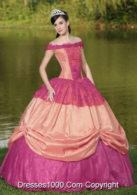 Clearance Off The Shoulder Neckline Lace Appliques Dress For Quinceanera