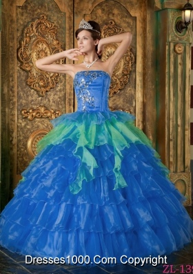 2014 Affordable Blue Puffy Strapless Ruffled Layers Quinceanera Dress with Appliques