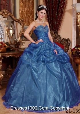 2014 Beautiful Blue Ball Gown Sweetheart Quinceanera Dress with Beading and Pick-ups