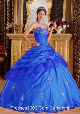 2014 Blue Ball Gown Sweetheart Beading Quinceanera Dress with Appliques