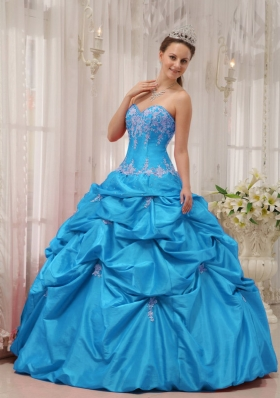 2014 Discount Baby Blue Puffy Sweetheart Appliques Quinceanera Dress with Beading and Pick-ups