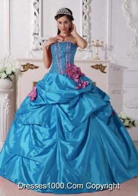 2014 Elegant Teal Puffy Quinceanera Dress Strapless with Beading and Hand Made Flowers