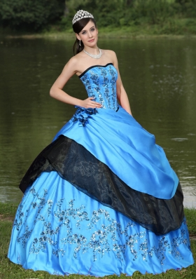 Hot Aqua Blue For 2014 Quinceanera Dress with Hand Made Flowers and Emdroidery