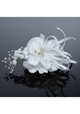 2014 Fashionable Tulle White Imitation Pearls Fascinators