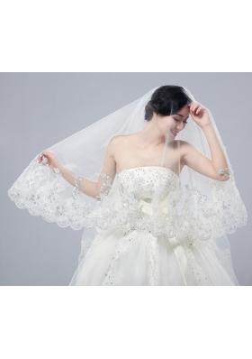 Romantic Lave Edge White Two-Tier Fingertip Bridal Veils
