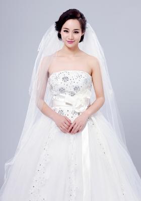 Cheap Four-Tier Cut Edge Drop Veil Wedding Veils