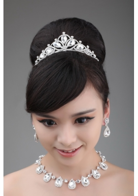 High-quality Rhinestone Dignified Ladies' Necklace and Tiara