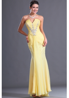 2014 Inexpensive V-neck Column Prom Dress with Beading