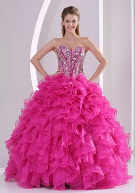 2015 Fuchsia Ruffles Ball Gown Sweetheart Beaded Decorate Quinceanera Gowns