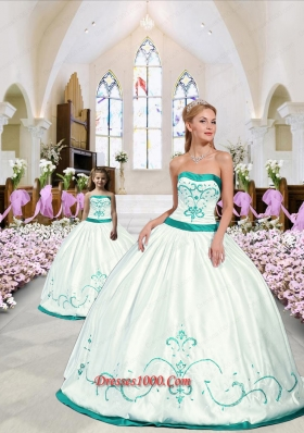 2015 Modest White and Turquoise Princesita Dress with Embroidery