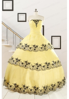 Cheap Ball Gown Quinceanera Dress with Appliques