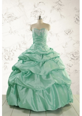 2015 Luxurious Apple Green Quinceanera Dress with Beading and Pick Up