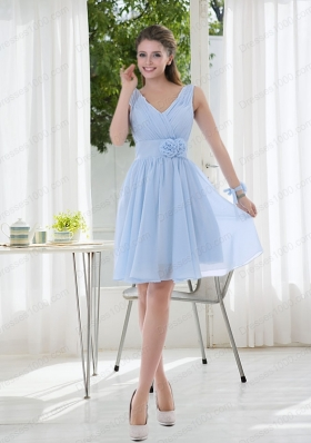 V Neck Chiffon Mother of the Bride Dresses with Ruching and Hand Made Flowers