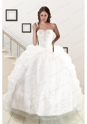fashionable Appliques White Brush Train Quinceanera Dresses with Appliques and Pick Ups