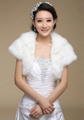 2015 Fashionable Faux Fur White Wraps