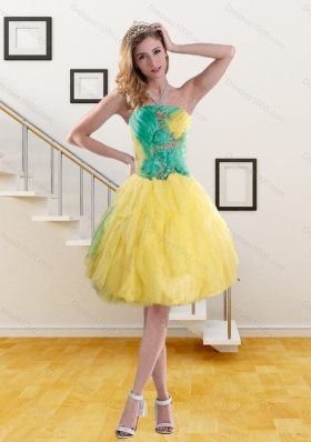 2015 Fashionable Strapless Prom Dresses with Embroidery and Ruching