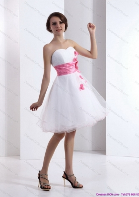 2015 Short Sweetheart White Prom Dress with Hand Made Flowers