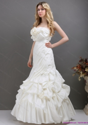 Pleated White Strapless Wedding Dresses with Ruffles and Pick Ups