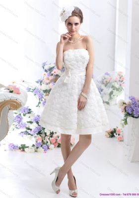 Cheap White Strapless Wedding Gowns with Bownot and Rolling Fowers