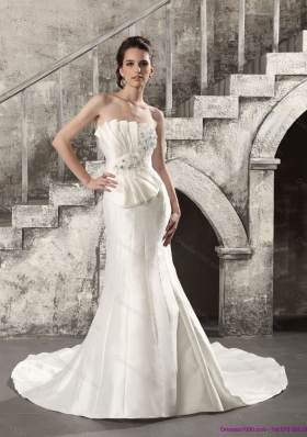 2015 Exquisite Mermaid Strapless Wedding Dress with Ruching and Beading