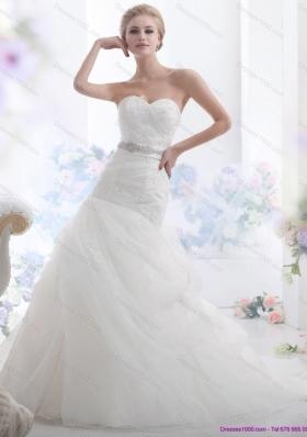 2015 Gorgeous Sweetheart Wedding Dress with Beading