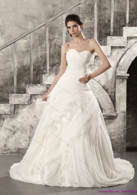 White Sweetheart Ruching Wedding Dresses with Brush Train for 2015
