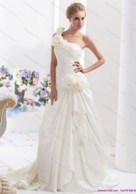 2015 Elegant One Shoulder Wedding Dress with Hand Made Flowers