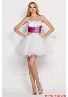 2016 Beautiful White Princess Short Prom Dresses with Beading and Belt