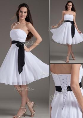 2016 Elegant Strapless Sash White Short Prom Dress for Homecoming