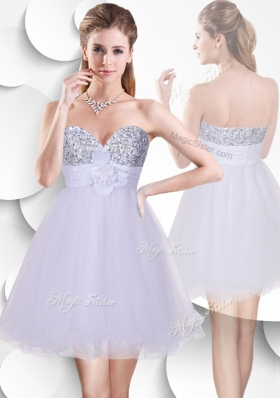 2016 Beautiful Short Bridesmaid Dress with Sequins and Hand Made Flowers