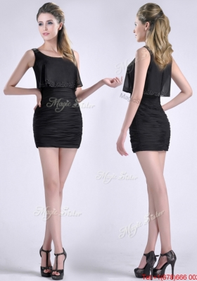 Exquisite Column Scoop Black Prom Dress with Appliques and Ruching