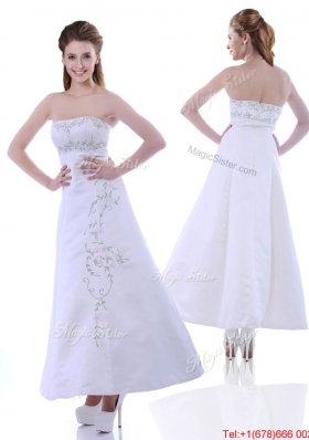 Elegant Ankle Length White Christmas Party Dress with Embroidery and Beading