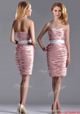 Lovely Column Peach Christmas Party Dress with Ruching and White Belt