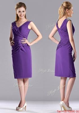 Lovely Column V Neck Knee-length Short Prom Dress in Purple