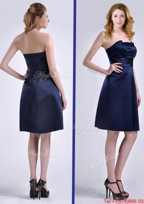 Lovely Strapless Zipper Up Ruched Prom Dress in Navy Blue