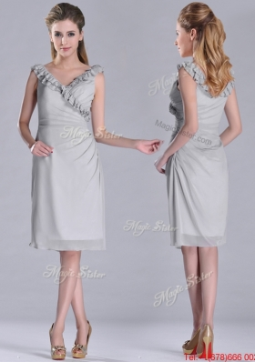 Lovely V Neck Grey Chiffon Short Prom Dress with Side Zipper