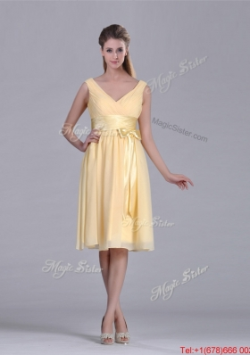 New Arrivals V Neck Bowknot Chiffon Short Christmas Party Dress in Yellow