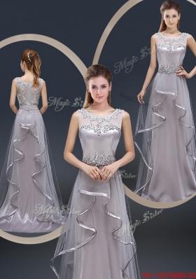 Exquisite Brush Train Scoop Prom Dresses with Appliques