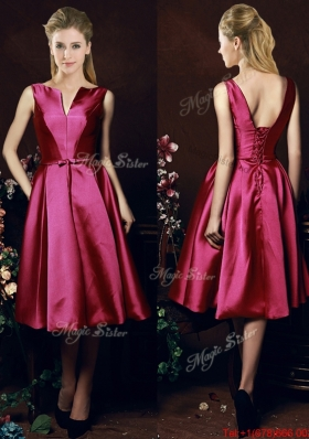2016 Popular V Neck Knee Length Bowknot Dama Dresses in Fuchsia