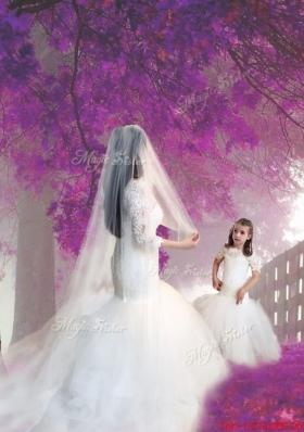 New Style Scoop Short Sleeves Mermaid Lace Flower Girl Dress in White