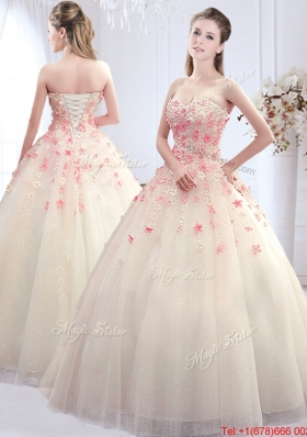 Simple Applique Decorated Skirt Wedding Dress with Sweetheart