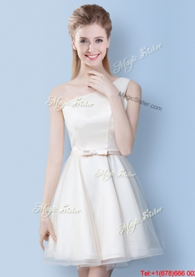 Wonderful Off White One Shoulder Bowknot Bridesmaid Dress in Tulle