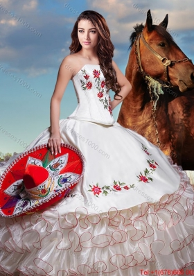 2017 Western Theme Lovely Embroideried and Ruffled Layers Strapless Organza Quinceanera Dress in White