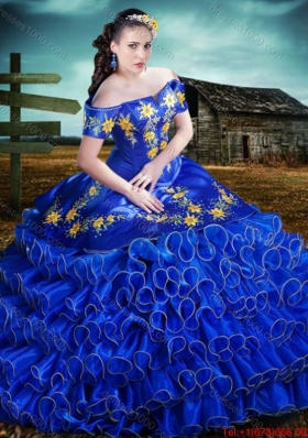 Western Style Top Seller Short Sleeves Royal Blue Quinceanera Dress with Embroidery and Ruffled Layers