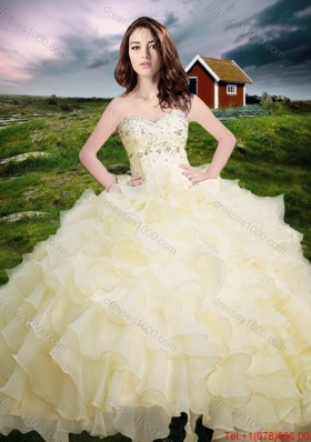 2017 Western Style Popular Organza Light Yellow Quinceanera Dress with Beading and Ruffled Layers