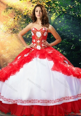 Beautiful Embroideried White and Red Quinceanera Dress in Organza and Taffeta
